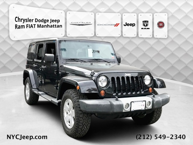 2012 JEEP WRANGLER UNLIMITED SAHARA WITH NAVIGATION & 4WD